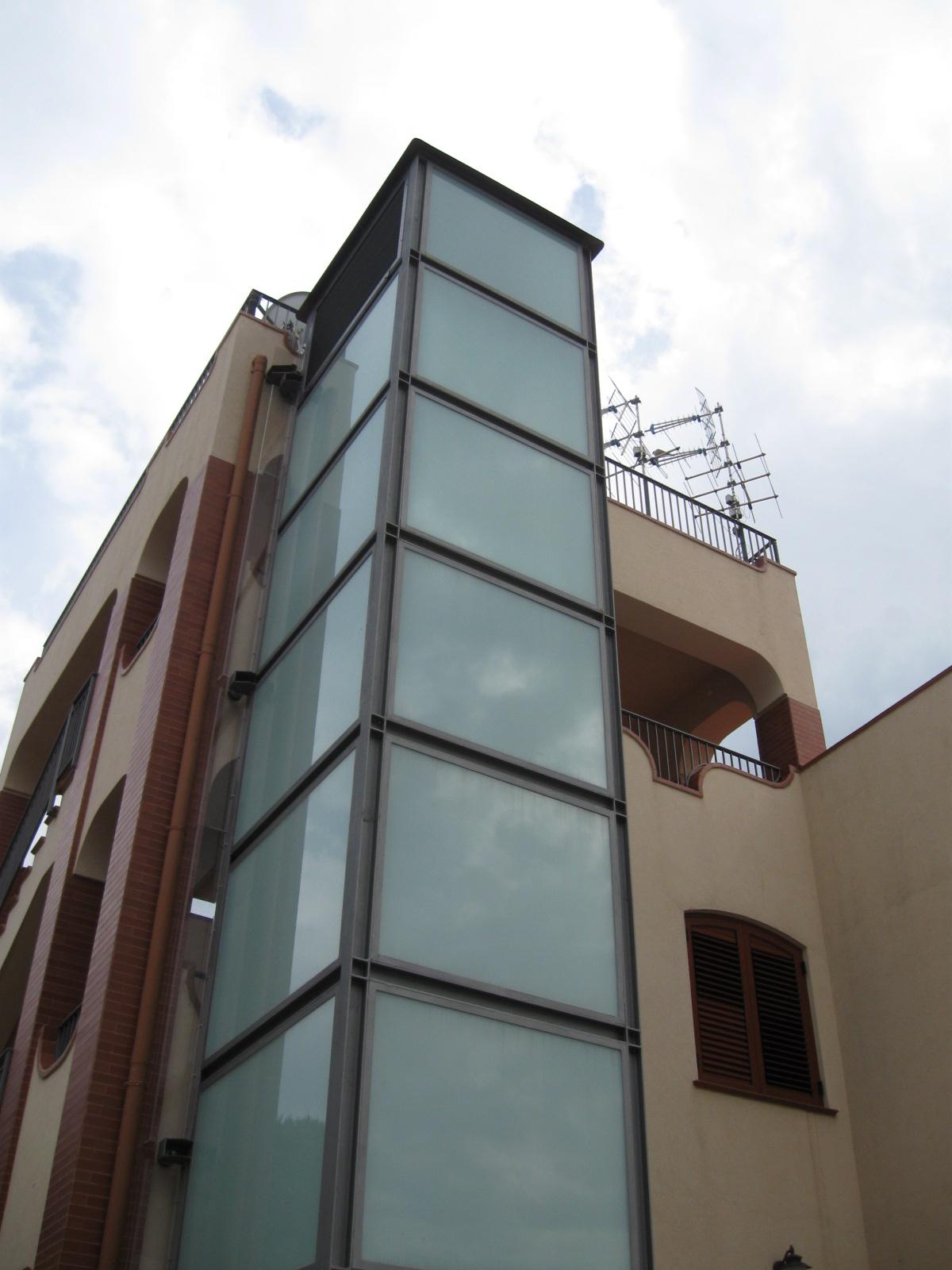 Progettazione strutturale e fornitura vano corsa ascensore esterno - Gallery - Tecnomad Palermo ...